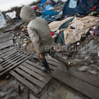 Squalid conditions in the Grande-Synthe refugee camp. Dunkirk, France.  © Jess Hurd/reportdigital.co.uk